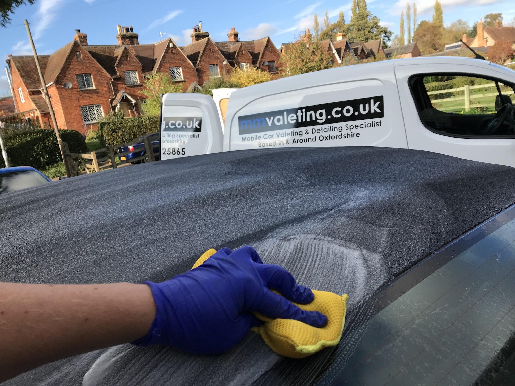 Fabric Hood cleaning for your vehicle. A specialist service provided by mmvaleting in Buckinghamshire.