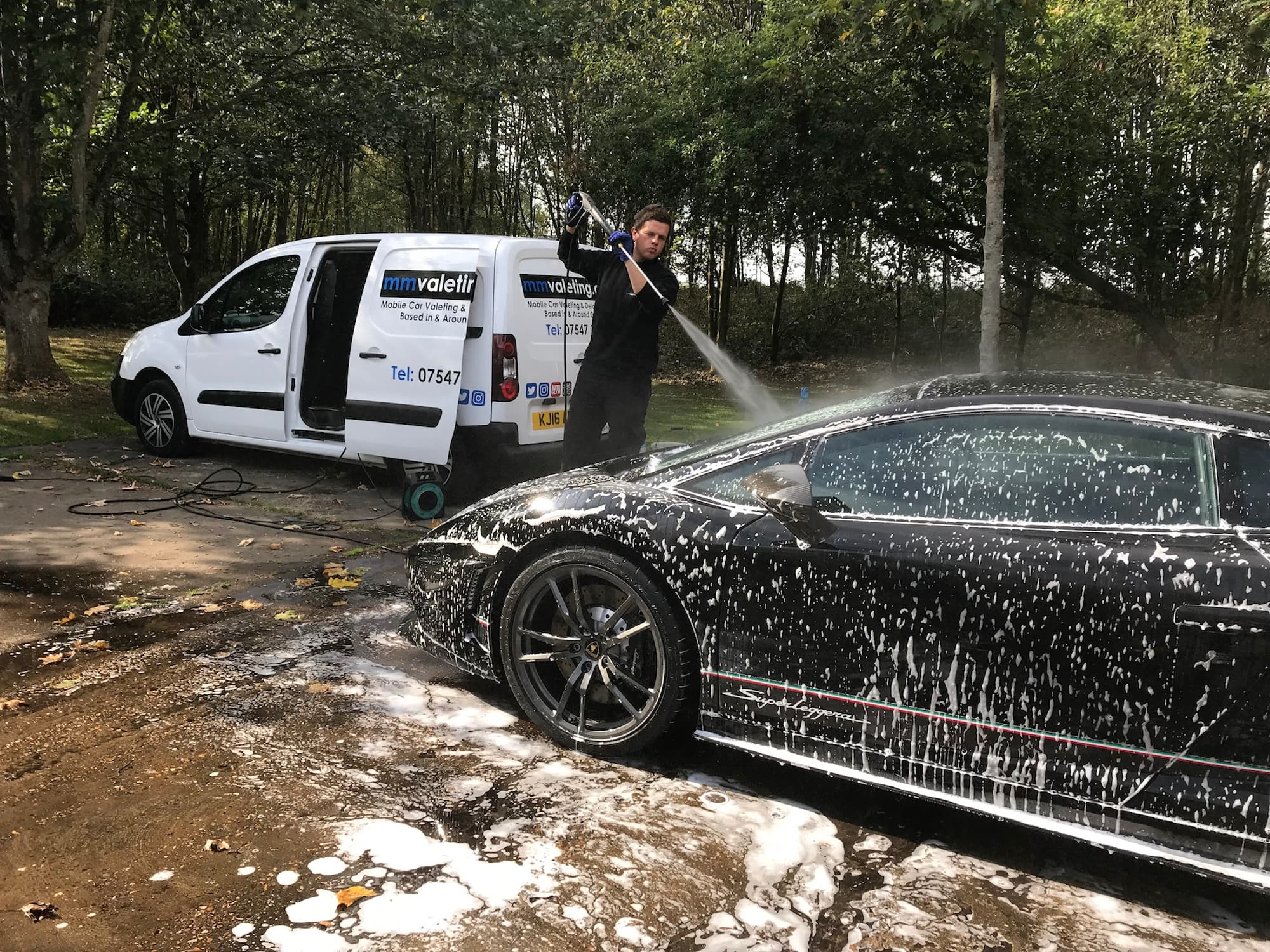 mobile car valeting and car detailing in Milton Keynes by mmvaleting
