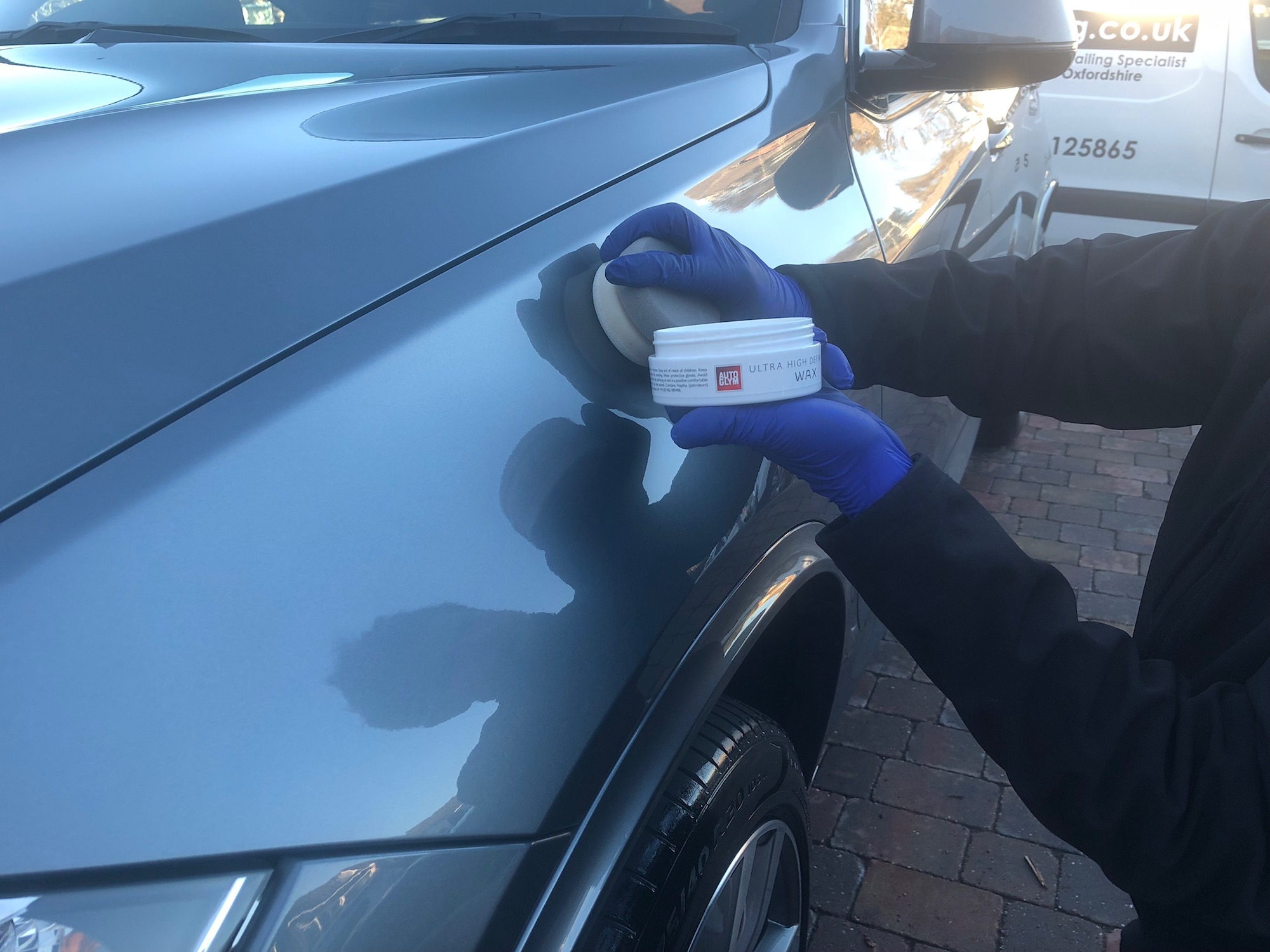 High definition wax for your vehicle. A specialist service from mmvaleting, car detailers and car valeting in Oxfordshire and Buckinghamshire.