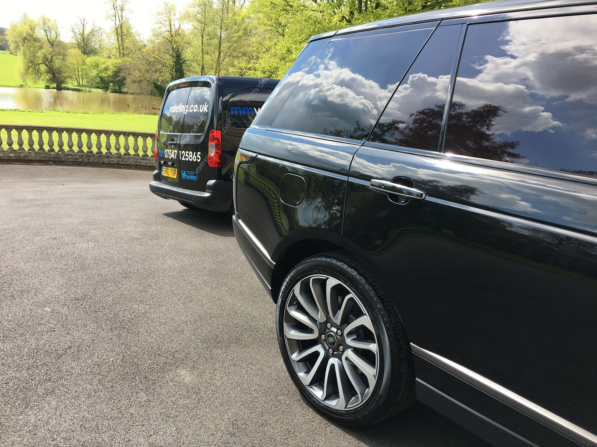 Machine polishing is an effective way of restoring your vehicles paintwork to its former glory. Contact mmvaleting about machine polishing your vehicle in Buckinhghamshire.
